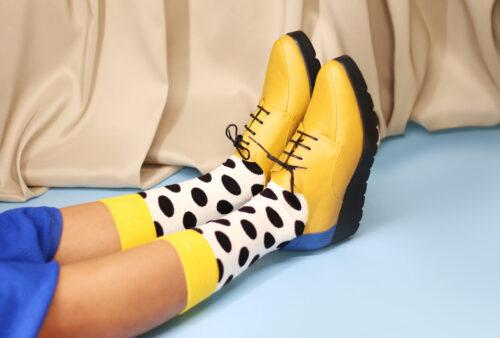003_zapatos amarillos