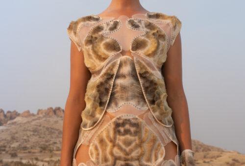 Digital Vogue – Between Synthetic and Organic Processes 009_Julia Koerner_Credits-Photography © Ger Ger 2020