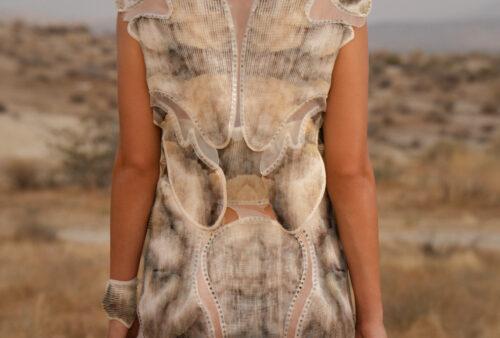 Digital Vogue – Between Synthetic and Organic Processes 010_Julia Koerner_Credits-Photography © Ger Ger 2020